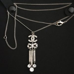 NEW authentic CHANEL cc Crystal bow drop necklace